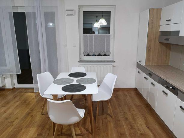 Nowy przestronny apartament z ogródkiem i garażem w sercu Opola