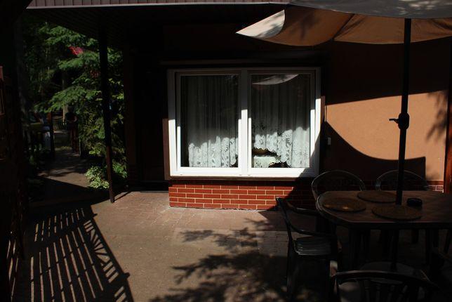 2 pokojowy (6 osób) domek w Skorzecinie ogrodzony duzy taras