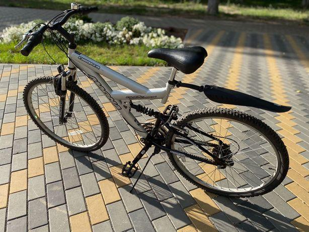 Велосипед горный колёса 26 дюймов привезён с Великобритании