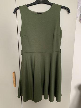 Sukienka w kolorze khaki rozm. S/M