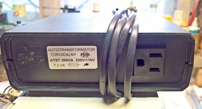 Zasilacz 110V do sprzętu z USA.