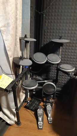 Medeli DD 522 электронная барабанная установка с midi