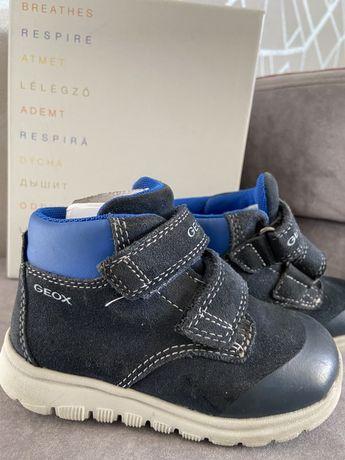 Замшевые ботиночки Geox весна/осень 23 р (15 см по стельке)