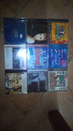 10 albuns de CDs de musica variada