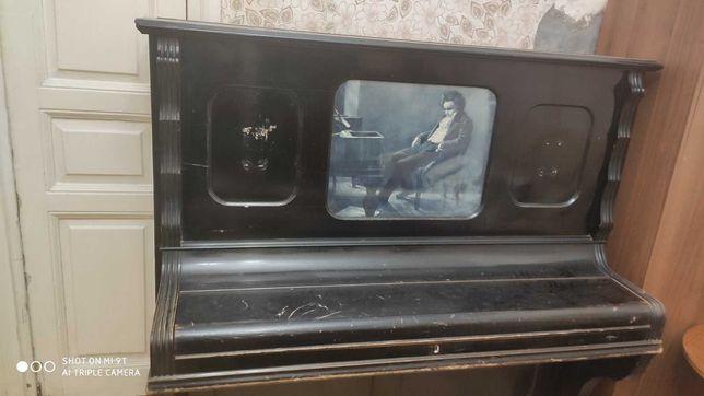 Пианино Германн Маур конца 19 века