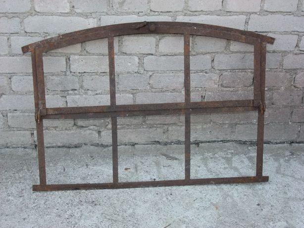 Okno metalowe łukowe
