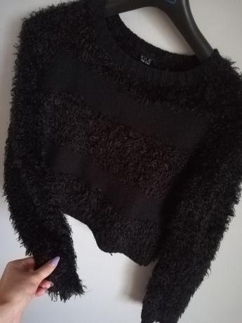 Dziewczęcy sweterek 158