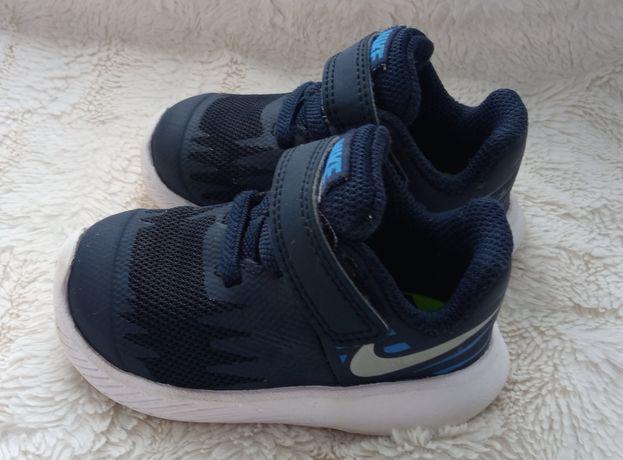 Dziecięce Nike 18,5