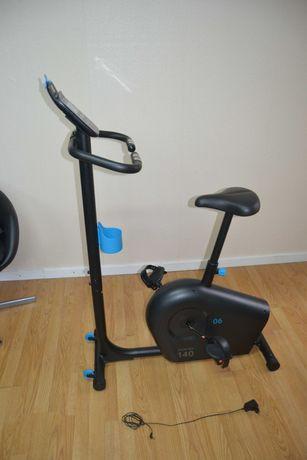 bicicleta estática ou ergométrica DOMYOS