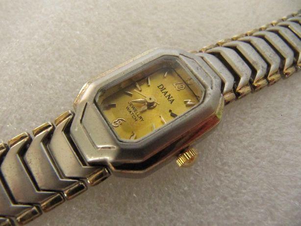 Часы DIANA в коллекцию, 2007 года выпуска, женские, кварцевые, новые