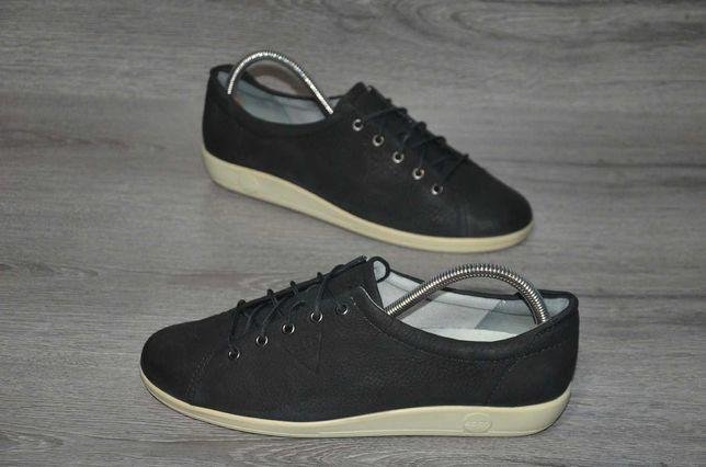 Продам кожаные кроссовки  ECCO