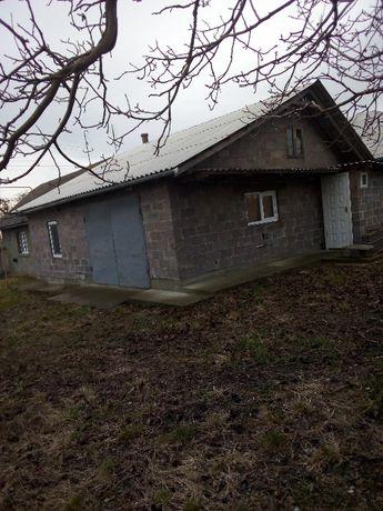 Продаю 2 доми з ділянкою на 50 соток, 150 кв. м, 4 кімнати,