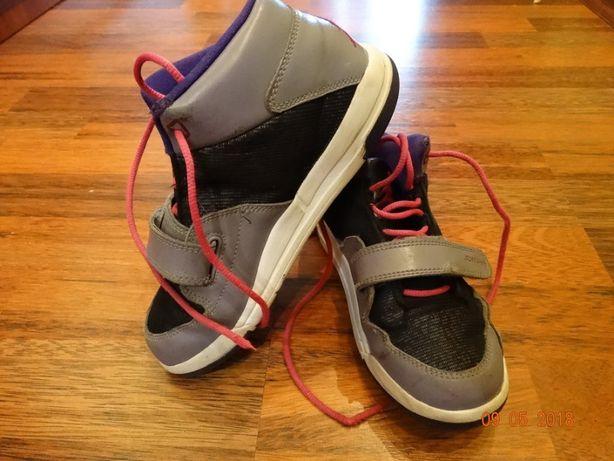 Крутезные кроссовки Jordan на девочку