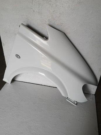 Mercedes Vito W639 błotnik prawy przód biały