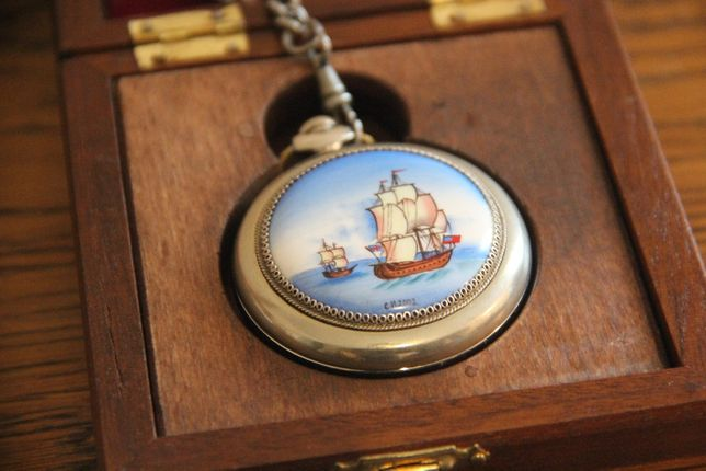 Relógio de bolso lacado Caravela Portuguesa