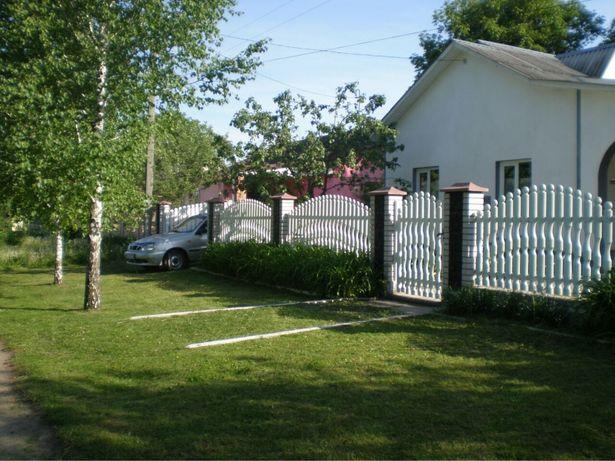 Чудовий будинок як для дачі так і для постійного проживання