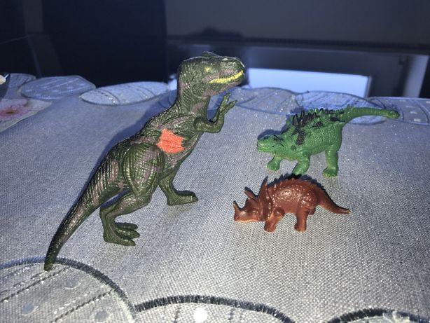 Dinozaury figurki