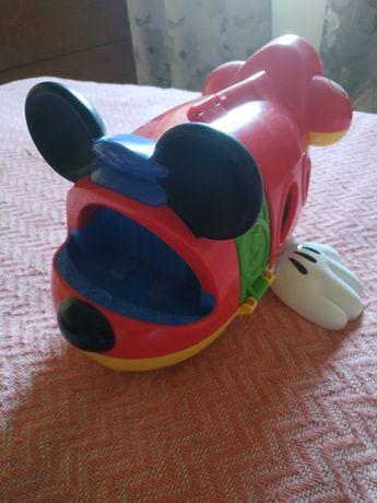 Avião do Rato Mickey