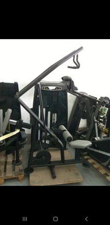 Maszyna na plecy ściąganie z ruchem izometrycznym Vertex USa