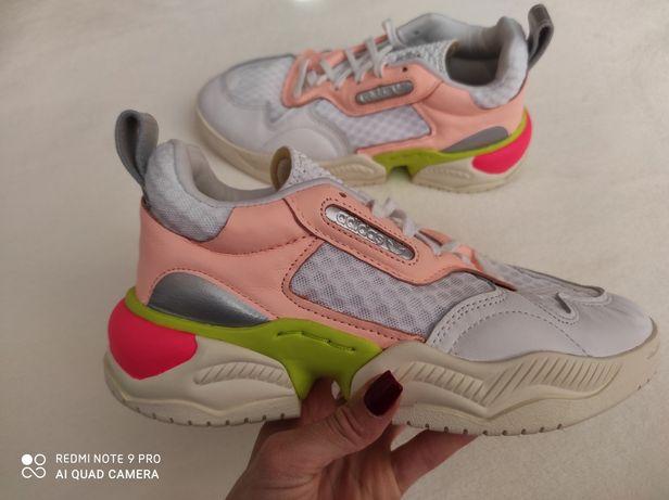 Жіночі кросівки ART FV3675 adidas original 39 розмір