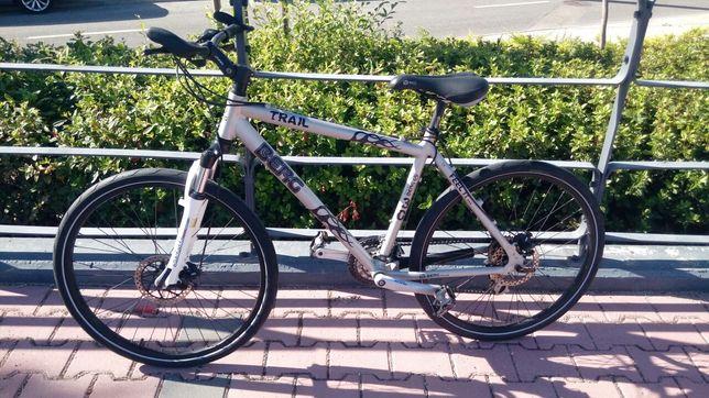 Bicicleta Berg trail [ como nova ]