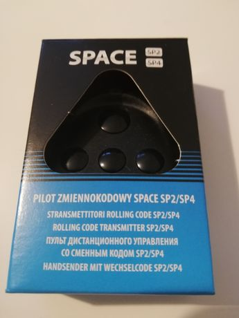 Pilot Came Space 4. Uniwersalny do bram garażowych, wjazdowych.