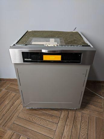 З открытой панелью Встраеваемая посудомоечная машина Miele сенсорна
