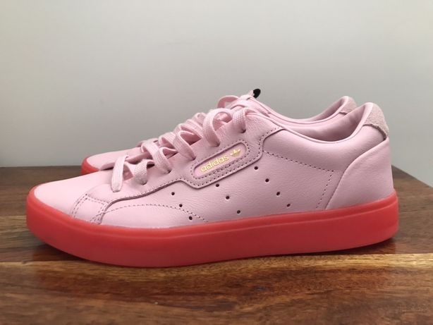 Adidas NOVAS