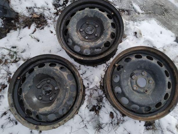 Железные диски Audi R16 5х112