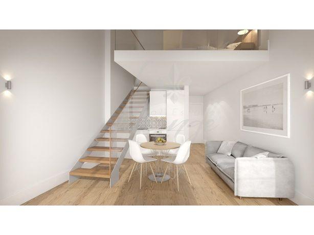 Vende-se Apartamento Loft T1 Mezzanine Novo com Terraço (...