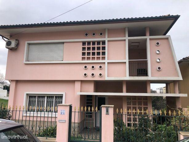 Moradia T3+1 Venda em São João da Madeira,São João da Madeira