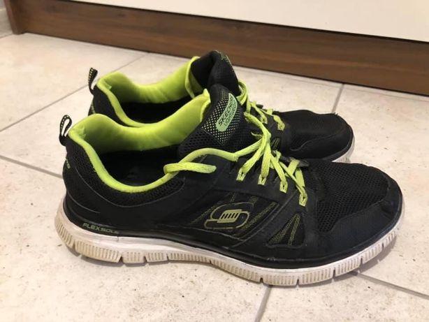 Оригінальні кросівки Skechers, 42 розмір.