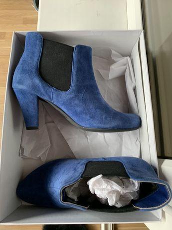 Ботильены ботинки весенние синие на каблуке замш 26 см