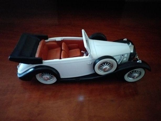 Mercedes Benz-Miniatura