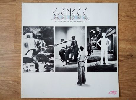 Genesis the lamb lies down on Broadway 2 x lp.