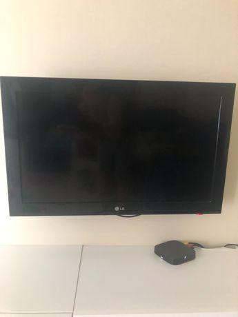 """Televisão LG 32"""""""