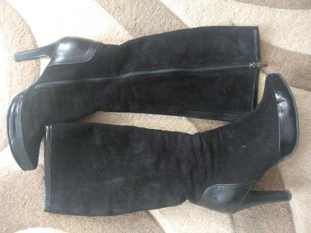 Продам жіночі шкіряні чобітки 39/Пропонуйте свою ціну.