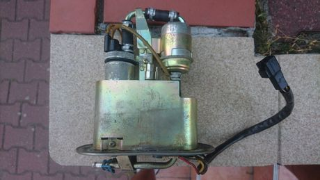 Pompa paliwa gsxr 750 srad wtrysk