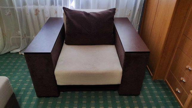 Продам кресло-кровать с 3-мя нишами для вещей