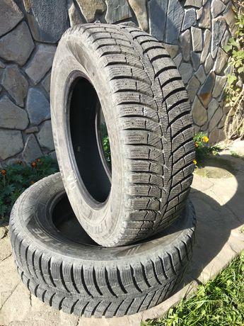 Колеса (шини, резина) зимові 235/65 R 17 Laufen