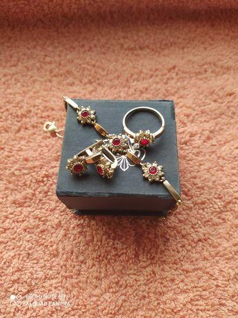 Оменяю комплект из серебра на янтарные бусы