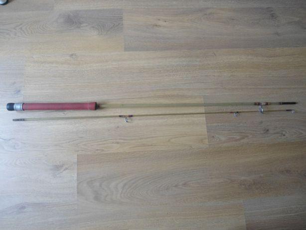 Cana de pesca em fibra com 2,1 metros