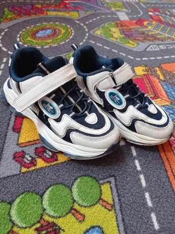Кросівки і кеди для хлопчика