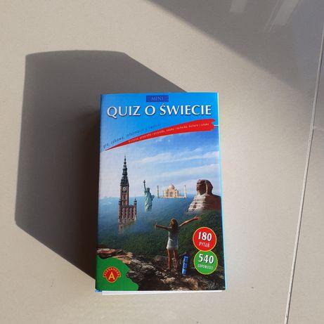 """Gra planszowa """"Quiz o świecie"""" Aleksander"""