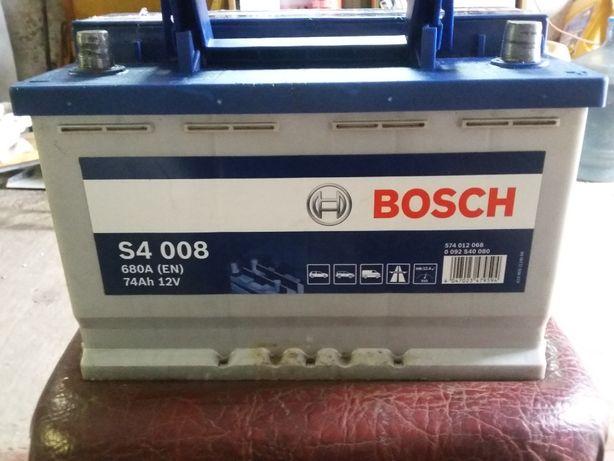 Аккумулятор Бош 74 Аh 680 A 12 V