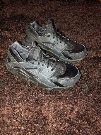 Nike Huarache Pretas/Cinza Escuro