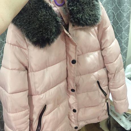 Kurtka zimowa Lewandowska rozowa piękna pikowana z futerkiem
