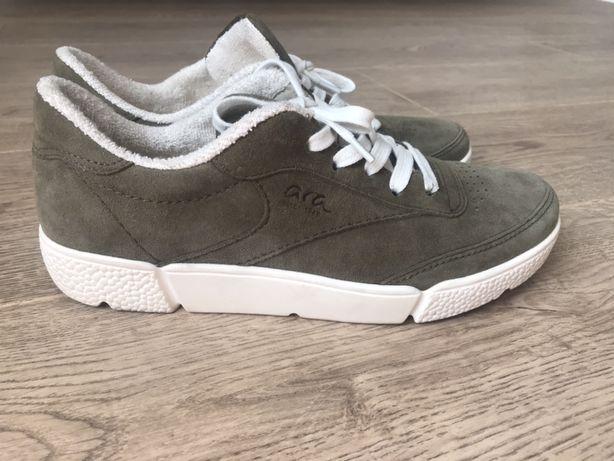 Продам удобные кроссовки, кеды ara high soft