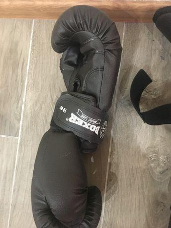 Перчатки. Защита голени и стопы, накладки на ноги для каратэ XL