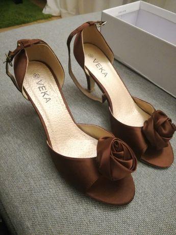 NOWE buty szpilki na obcasie brązowe